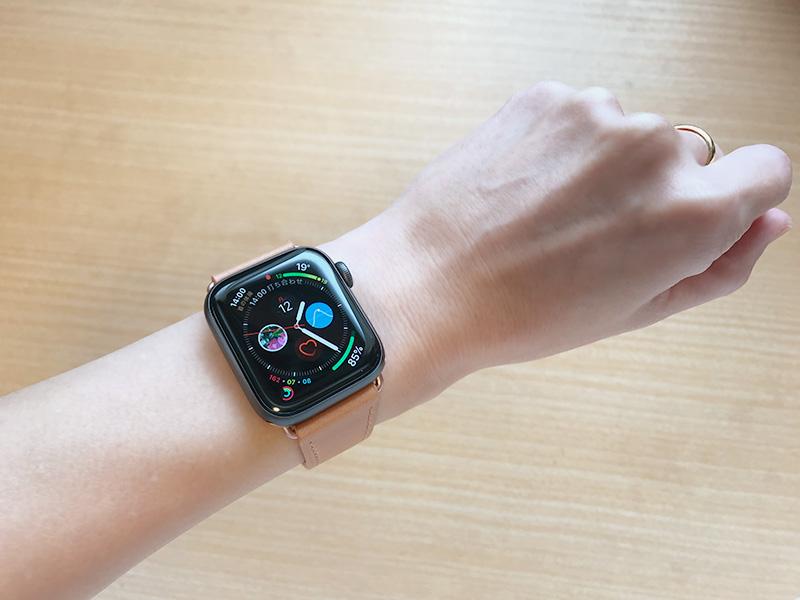 WFEAGL Apple Watch バンド(38mm/40mm)本革レザー サドルブラウン(着画)