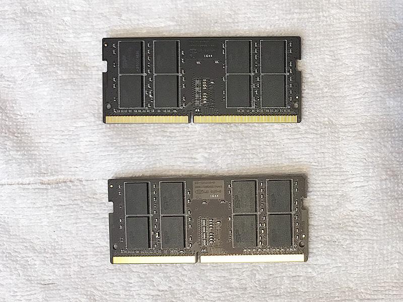 シリコンパワー メモリDDR4-2400(PC4-19200) 16GB×2枚 260Pin 1.2V CL17を入れる