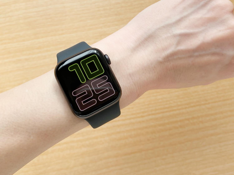 Apple Watch Series 5の常時表示Retinaディスプレイ(数字・デュオ)