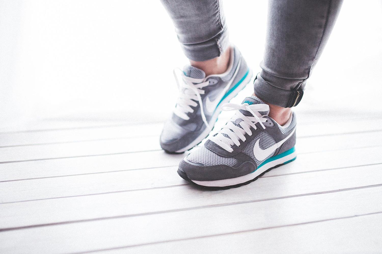 運動を継続・習慣化するコツ:普段から動きやすい格好をする